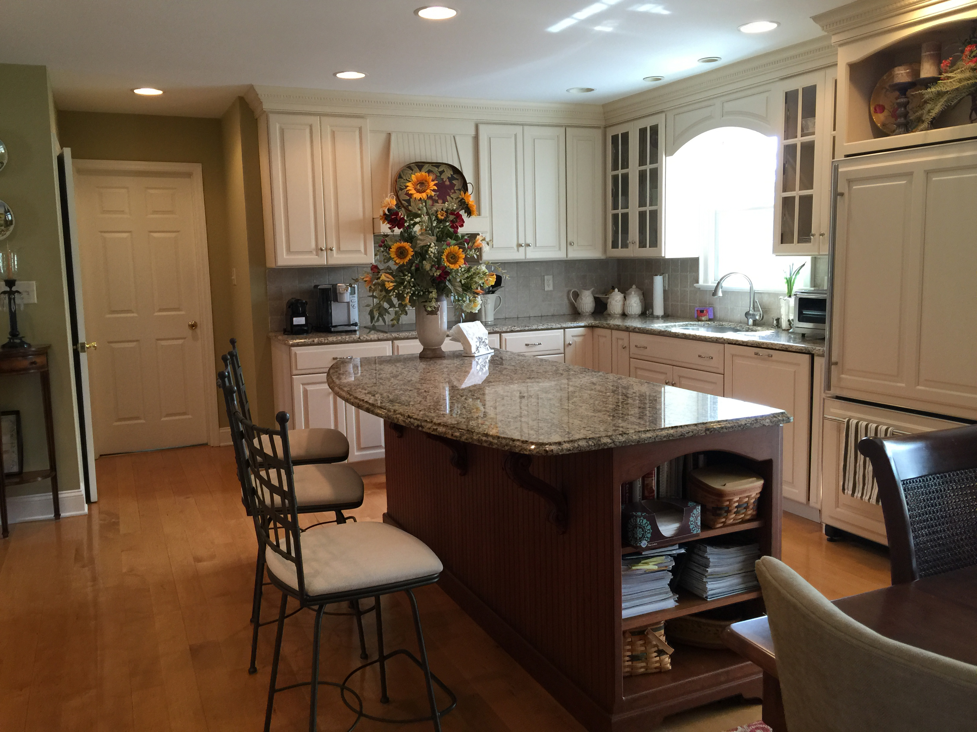 granite virginia news home has newport hicks services countertops kitchen island cabinets remodeled yorktown tile tiled improvement new in countertop remodels with custom com jimhicks jim backsplash